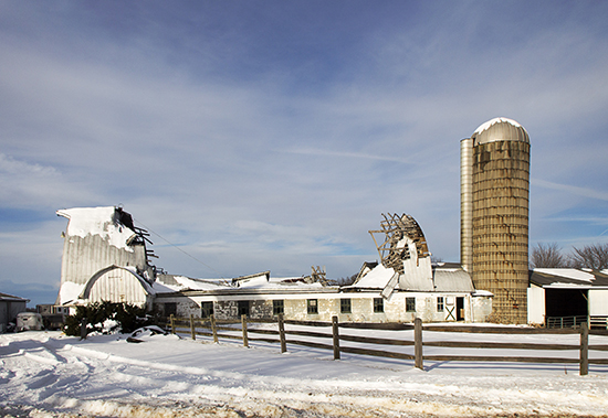 old barn in Andover Ohio cooked 1 9.jpg