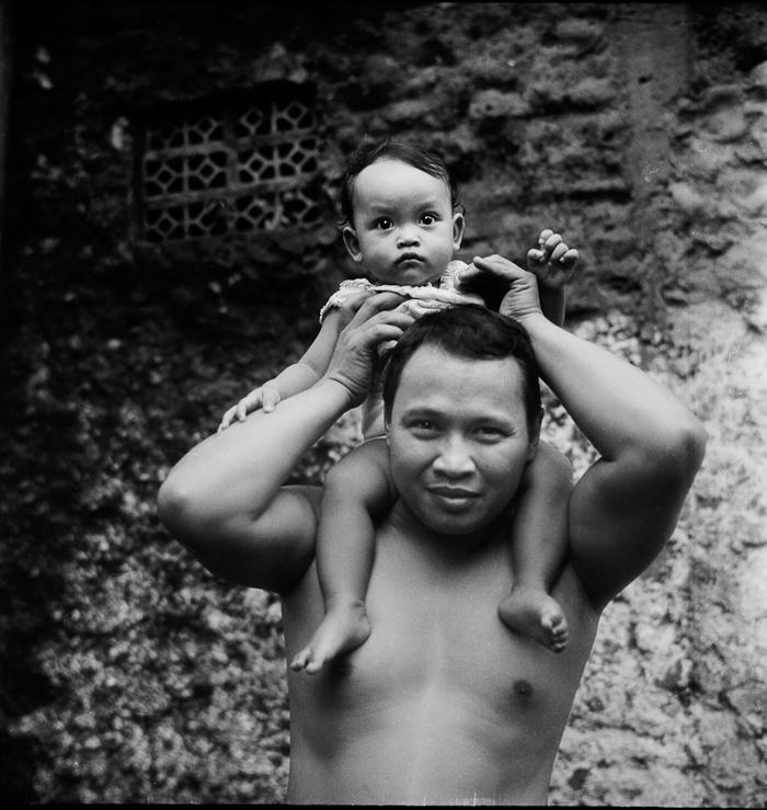 Father & Daughter, Jakarta Selatan, Rolleiflex