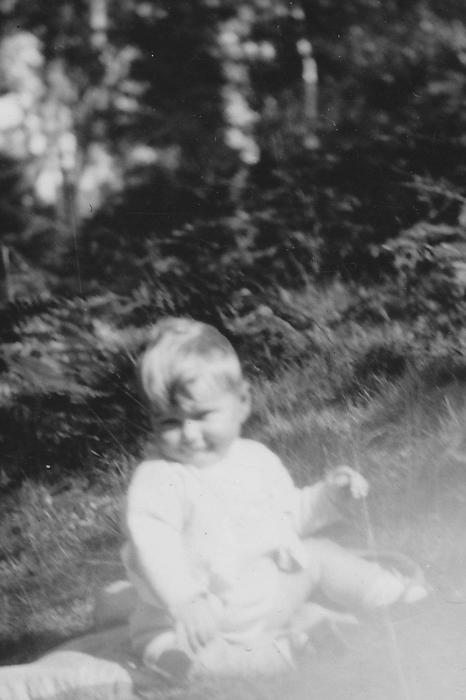 1942 Paul 1.jpg