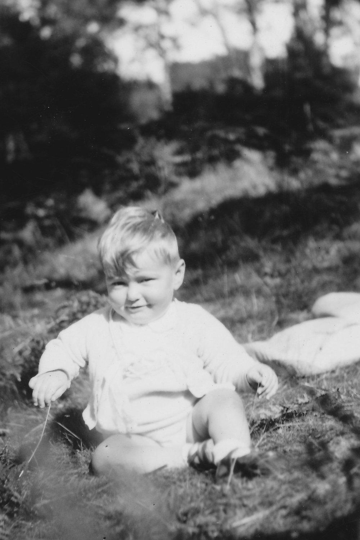 1942 Paul.jpg