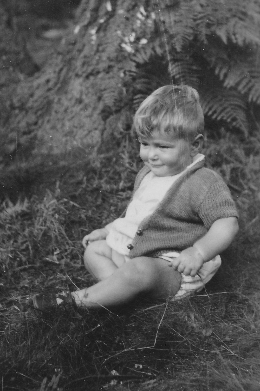 1943 Paul 1.jpg