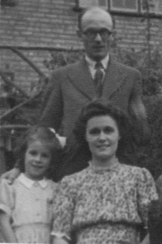 1947 Gill Dick Hetty.jpg