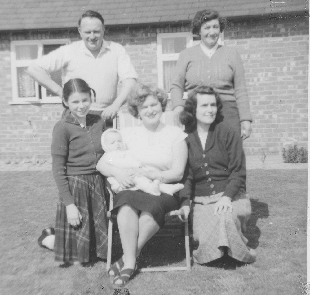 1954 Gill Edna Hetty.jpg
