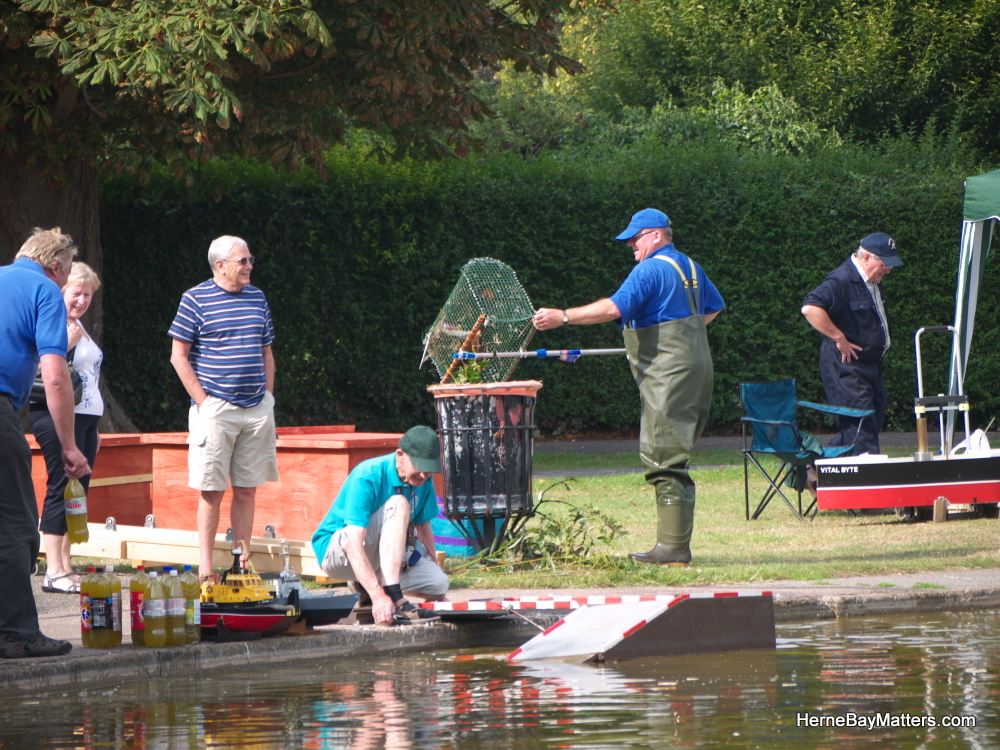 2011 Model Boat Regatta-15.jpg