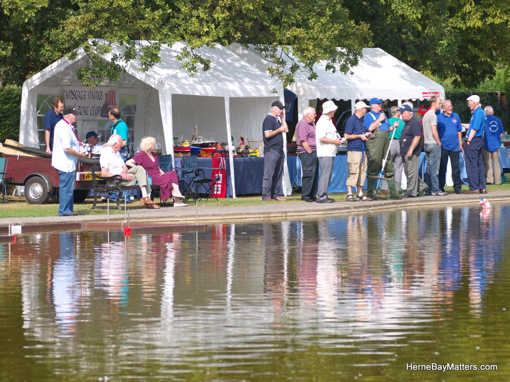 2011 Model Boat Regatta-16.jpg