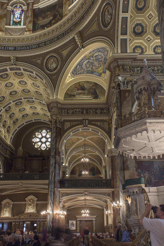 Milwaukee_Basilica-18.jpg