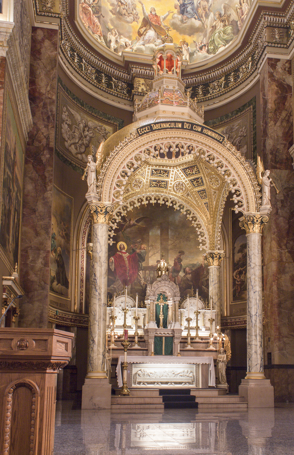Milwaukee_Basilica-21.jpg