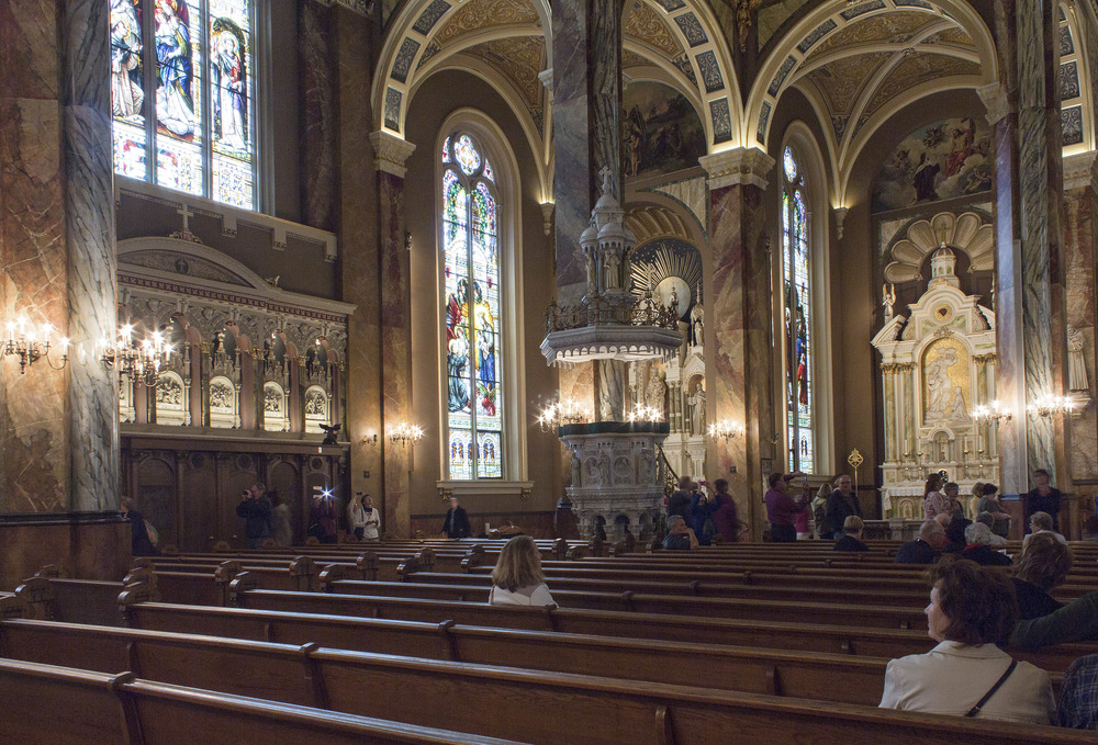 Milwaukee_Basilica-24.jpg