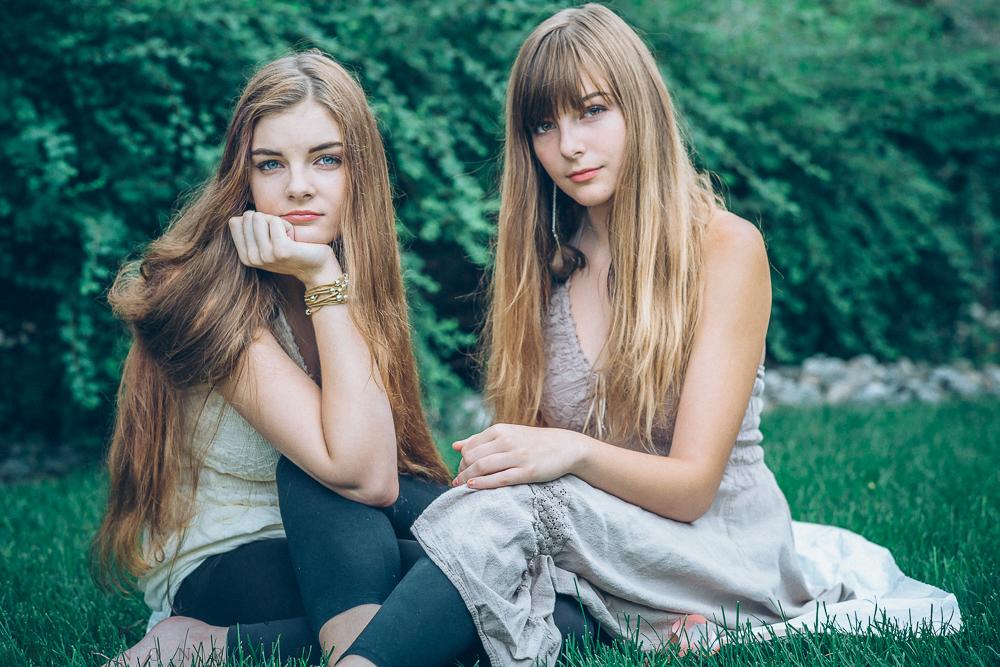Olivia, 19 | Colette, 15
