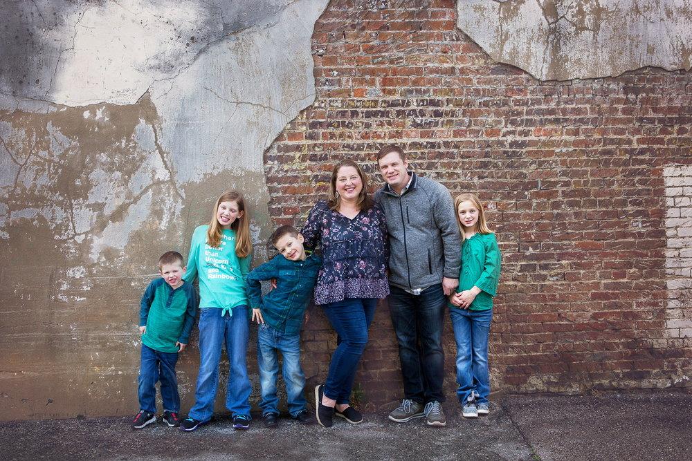 The Ewton Family:Wyatt (4), Eden (11), Samuel (7), Katherine, Jon and Annie (10).