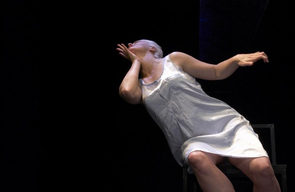 E Batdorf as Kathryn photo by David Leyes