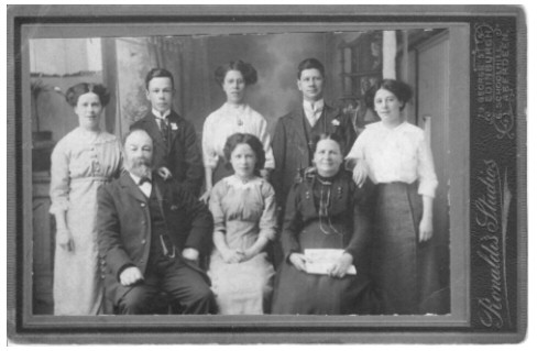 John Bonthram and Jane Veitch Light (formerly Anderson) and their family