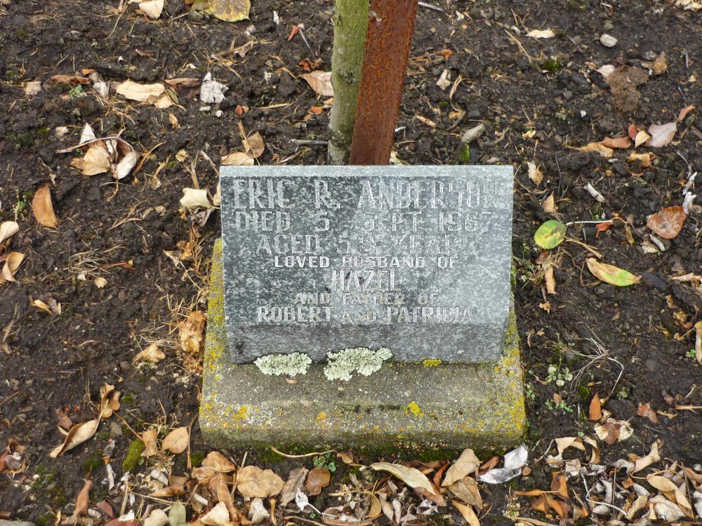 Memorial to Eric Robert Anderson