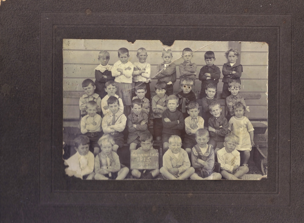 Wanganui East School Primer 1 Class 1915