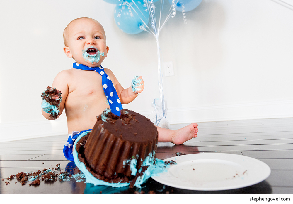 one year old cake smash funny
