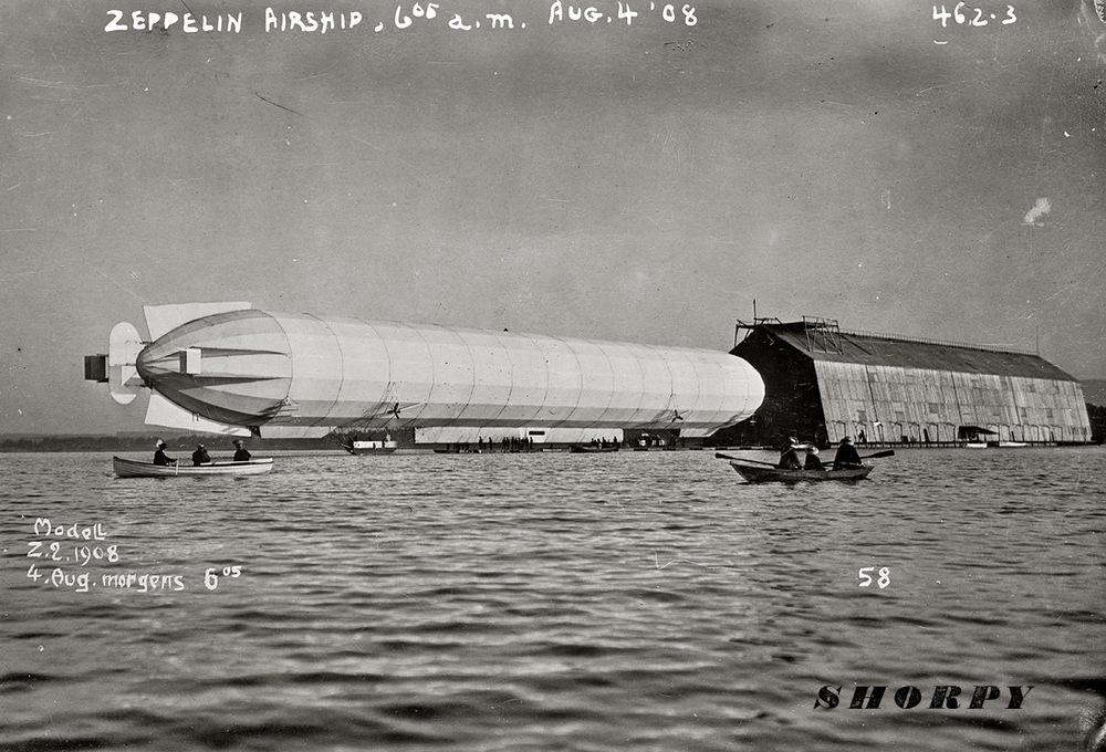 zeppelin_1908_hanger.jpg