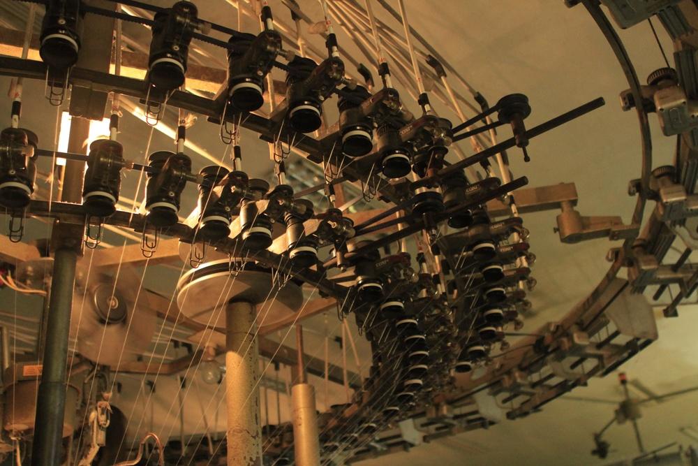 knitting-machine.jpg