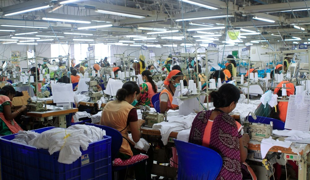 DKI Apparel is our dedicated garmenting unit capable of producing 175,000 dozens a month.