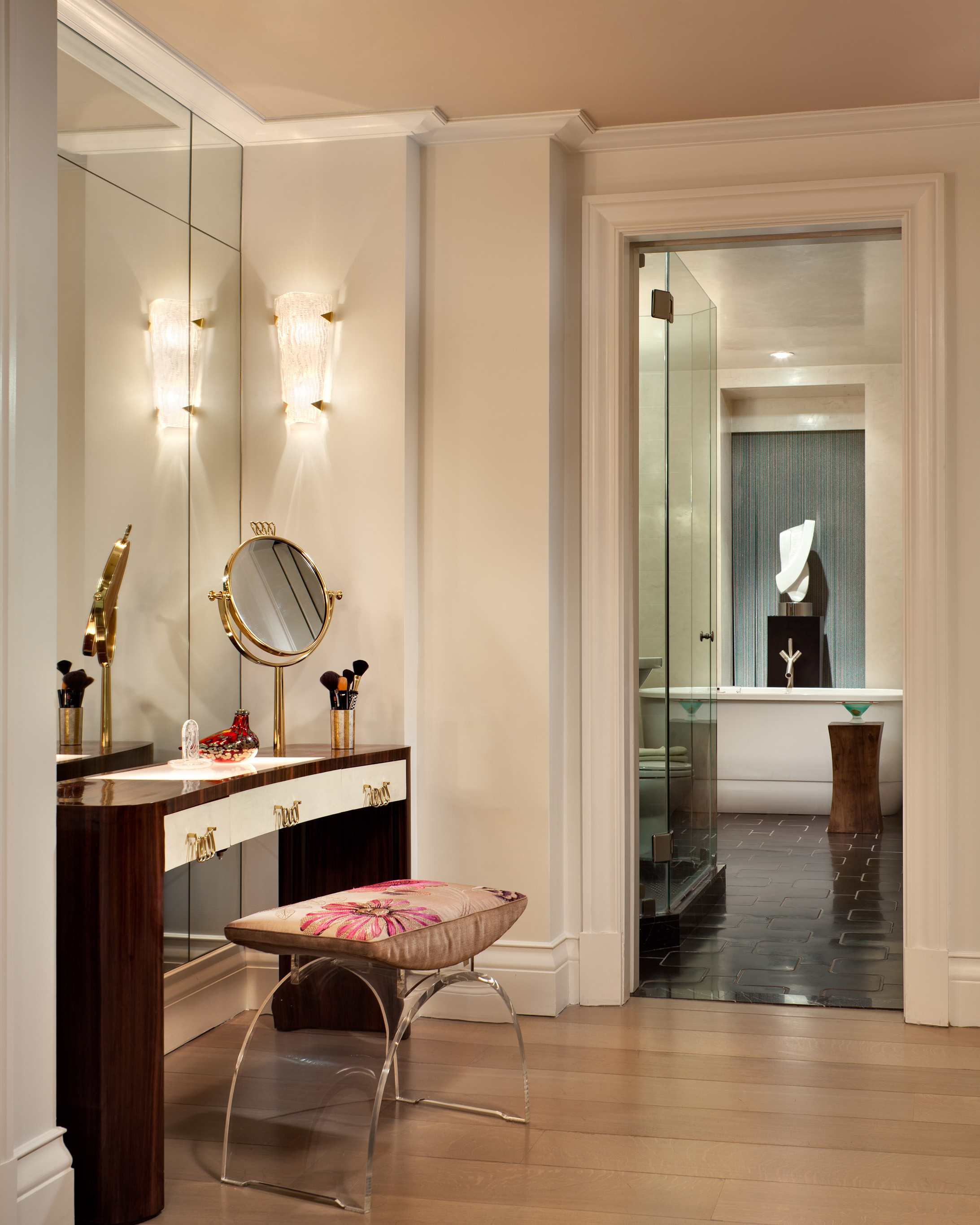 Irwin weiner interiors for Bedroom designs with attached bathroom and dressing room