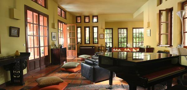 living room cambodia villa souane chbar.jpg