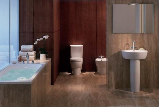 Kohler Ove skinny 700 mm wide bathtub bathroom suite photo.jpg