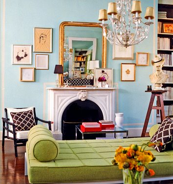 English_style_wall_and_trim_color_contrasts.jpg