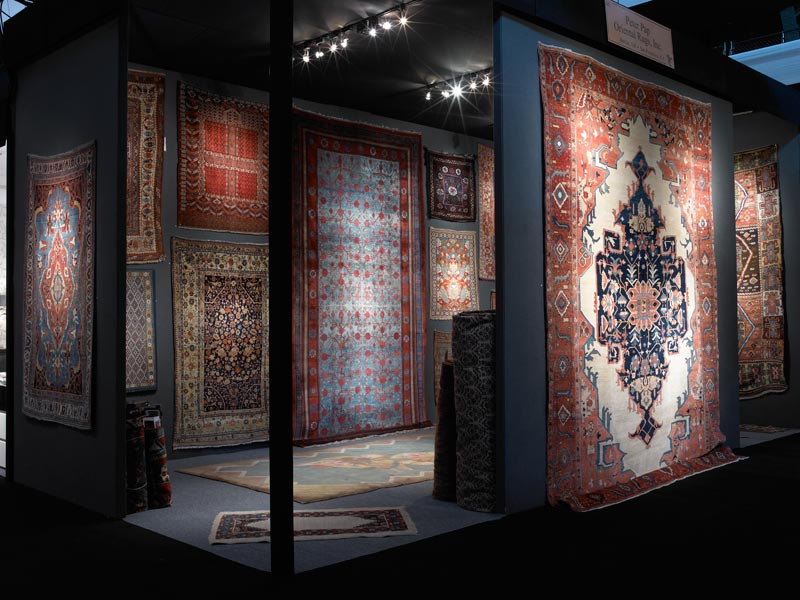 Peter_Pap_exhibit_oriental_rugs_Winter_Antiques_Show.jpg