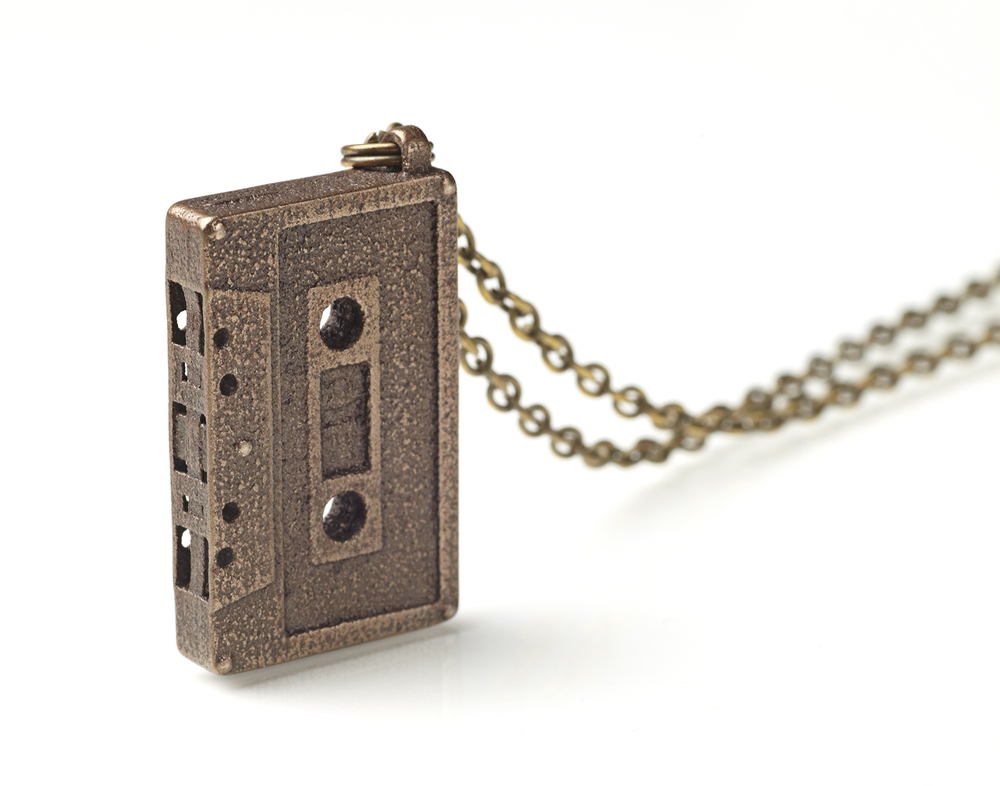 Mixtape necklace © Ian Vandenberg Design