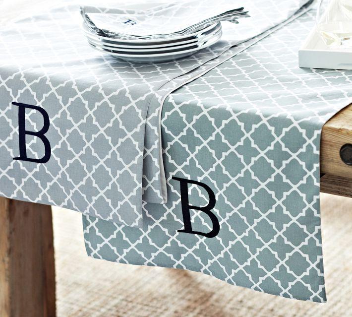 roz-tile-table-runner-wedding-style-decorating-on-Design2Share.jpg