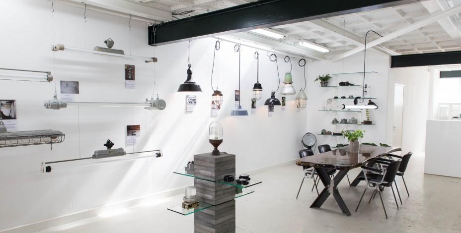 blom-and-blom-lighting_showroom.jpeg