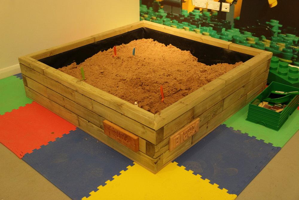 Brick_Dinos_0016.JPG
