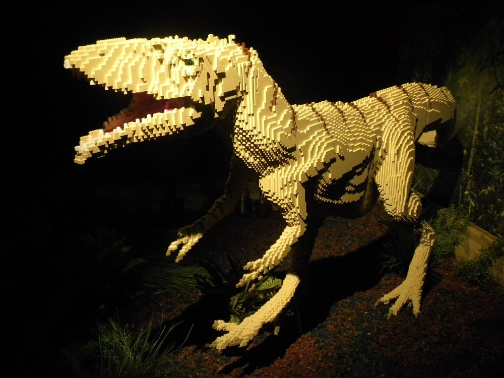 'Jurassic joy' was brought to the Harris Museum and Art Gallery in Preston Lancashire, during the summer, swelling visitor numbers to the gallery.  Brick Dinos paid a visit to the awe-inspiring museum in Preston's City Centre for two months, and visitor numbers exceeded 40,000 during that time!  Brick Dinos is a display of LEGO® Dinosaurs, fossils and prehistoric life including a life size masiakasaurus, a Pterosaur with a four metre wingspan, and beautifully crafted small models such as insects trapped into amber, along with interactive features such as a 'dino dig' where bones can be unearthed, and also dioramas where visitors can enjoy some family 'prehistoric playtime' . To find out more about our tours, including BRICK Dinos, visit www.warrenelsmore.com