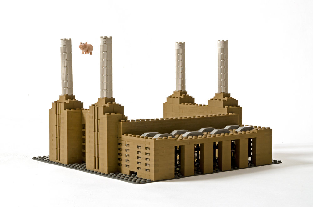 Battersea Power Station with flying pig.jpg