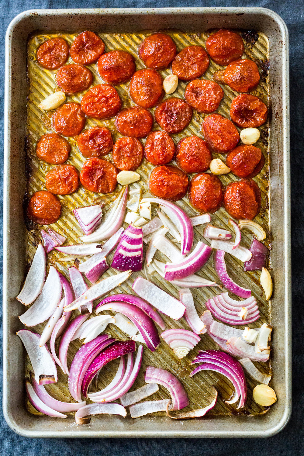 roasted tomatoes and onions | vegan | #puremamas