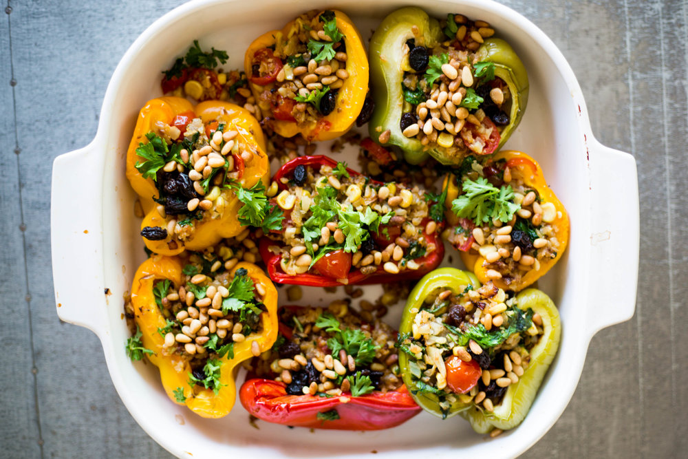 vegan stuffed bell pepper recipe | via #purekitchenblog @