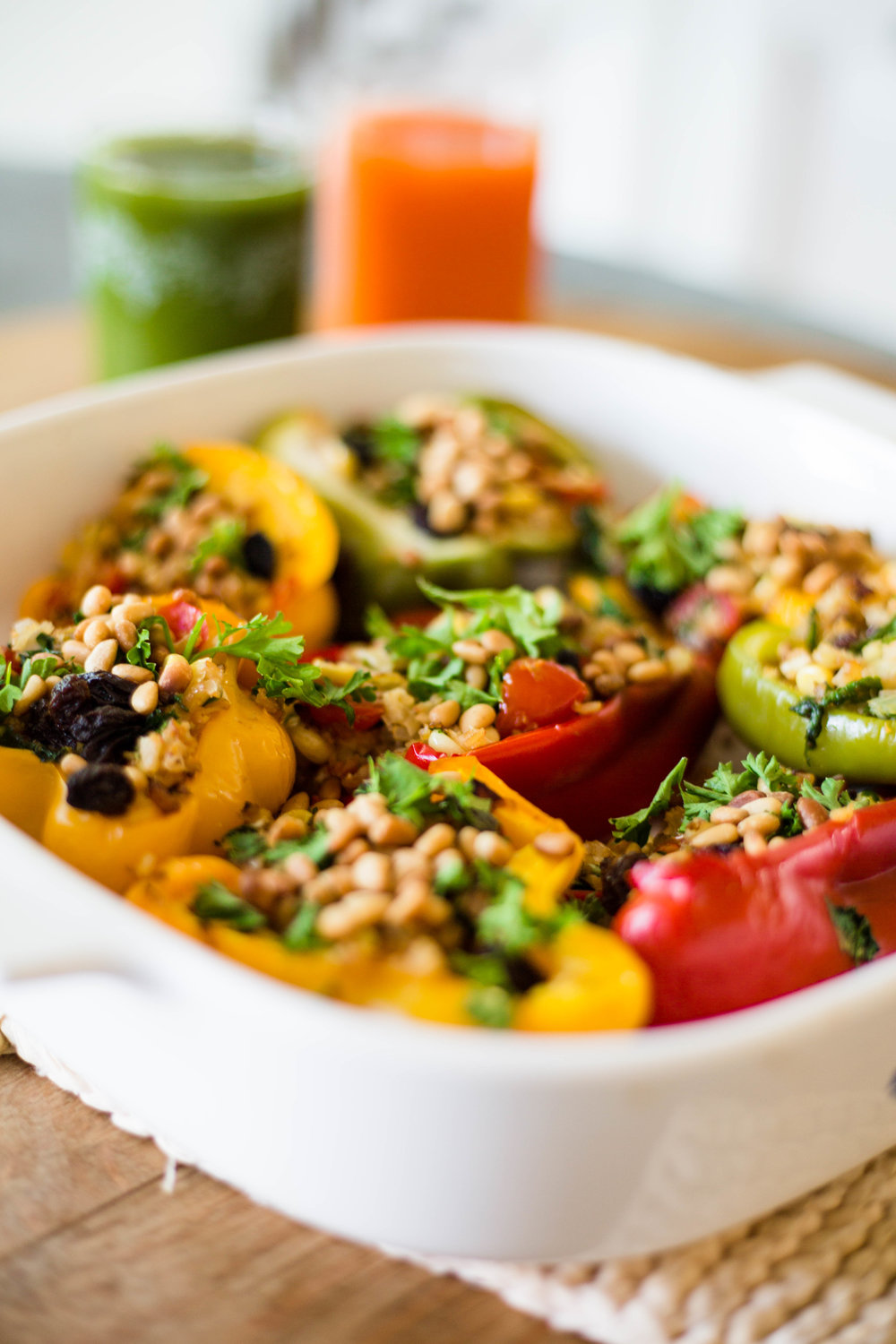 Cauliflower & Raisin Stuffed Bell Peppers | #purekitchenblog #puremamas #vegan #glutenfree
