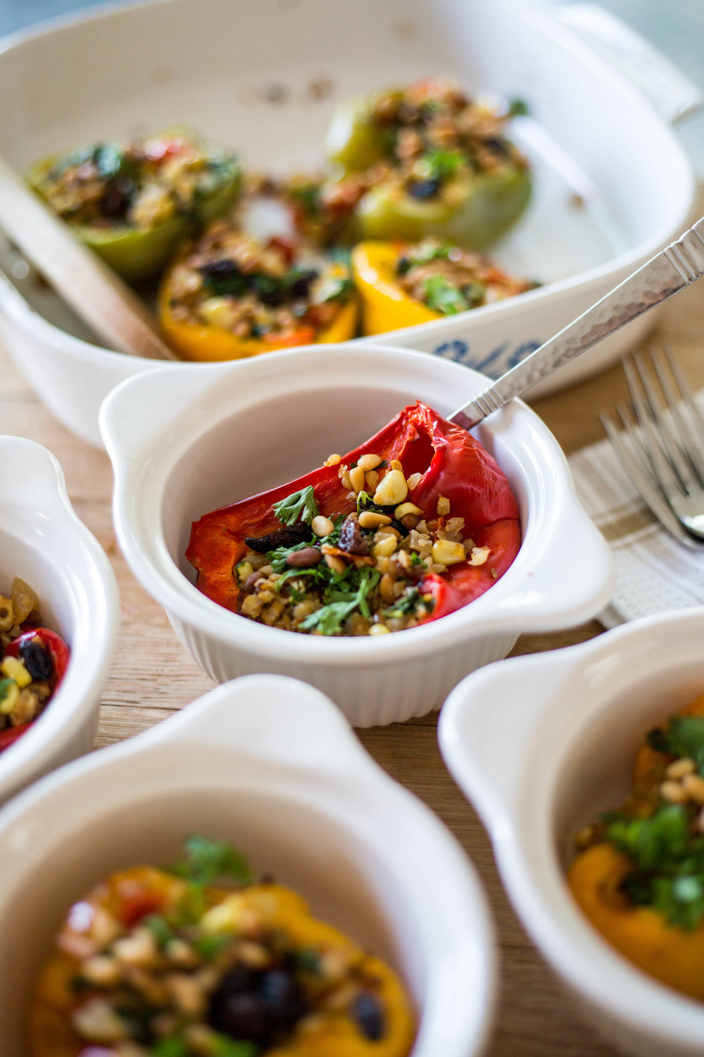 Vegan Cauliflower & Raisin Stuffed Bell Peppers #puremamas #purekitchen