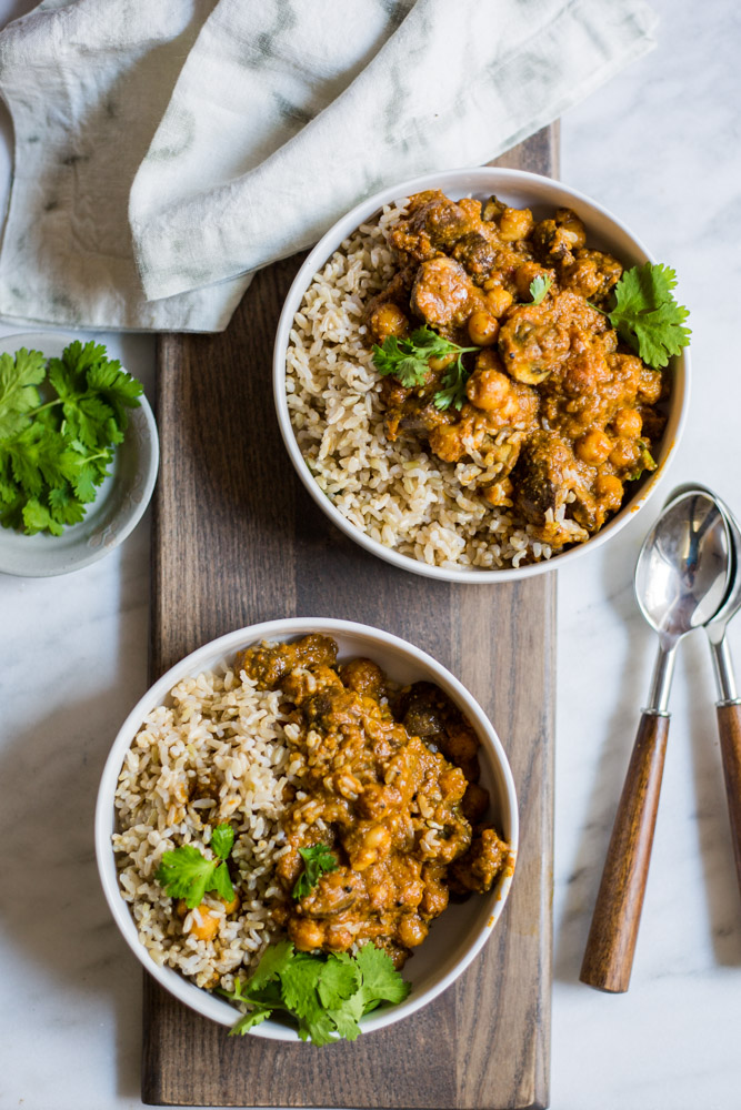Vegan Mushroom Korma | #vegan #purekitchen #puremamas