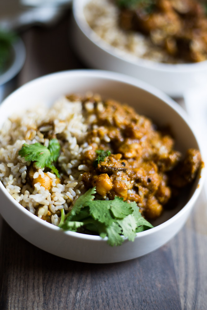 Healthy Curry with Mushrooms & Chickpeas (vegan!) #puremamas