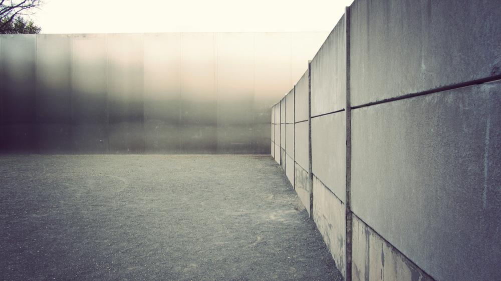 Wall Memorial_08.jpg
