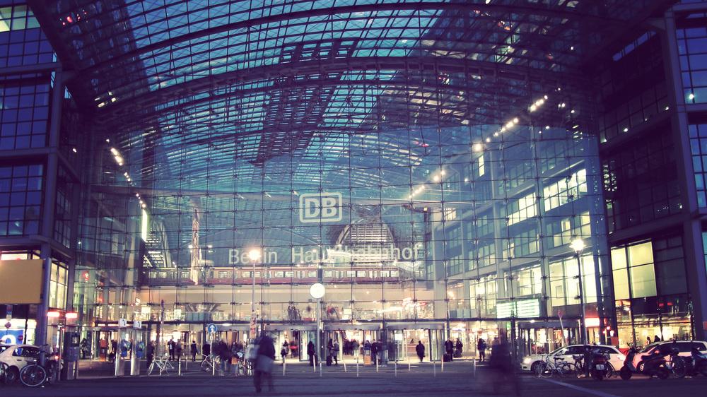 Front Hauptbahnhof.jpg