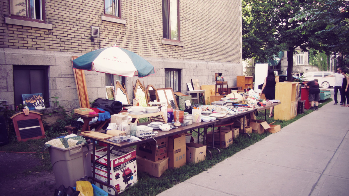 mtl_yard sale_01.jpg