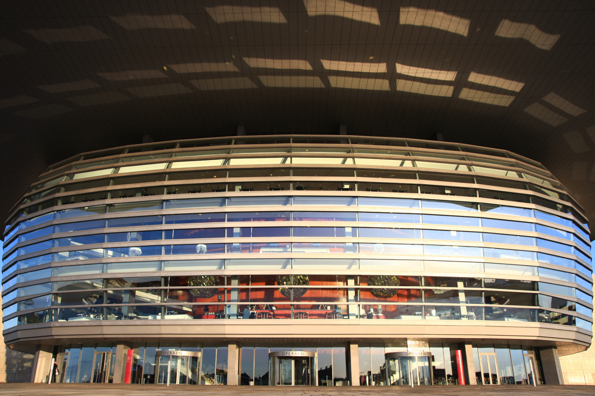 the opera house 10_s.jpg