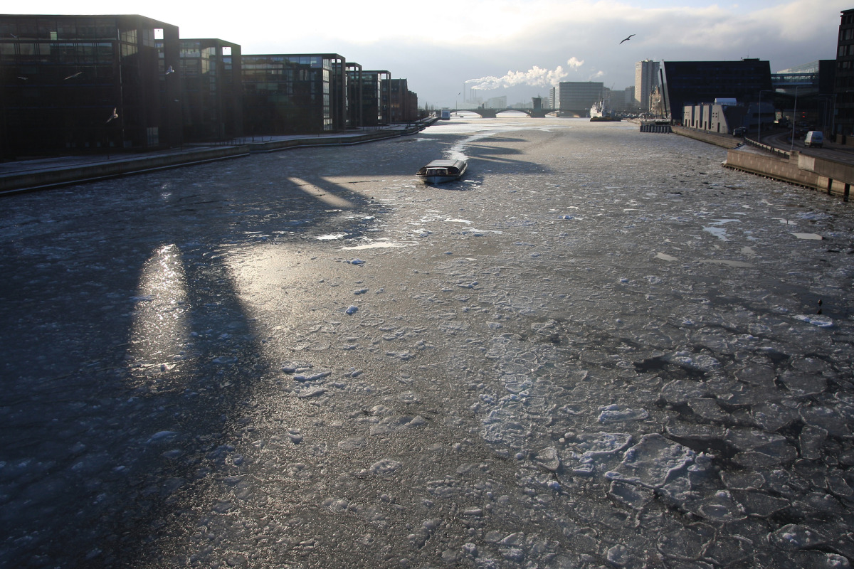 icy sun shadows, copenhagen harbor_s.jpg