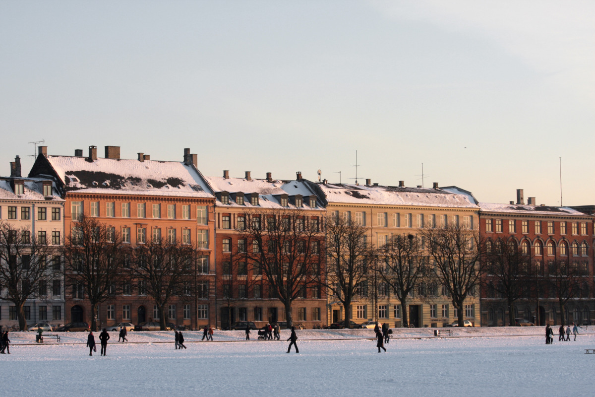 copenhagen architecture and the snow covered lakes_s.jpg