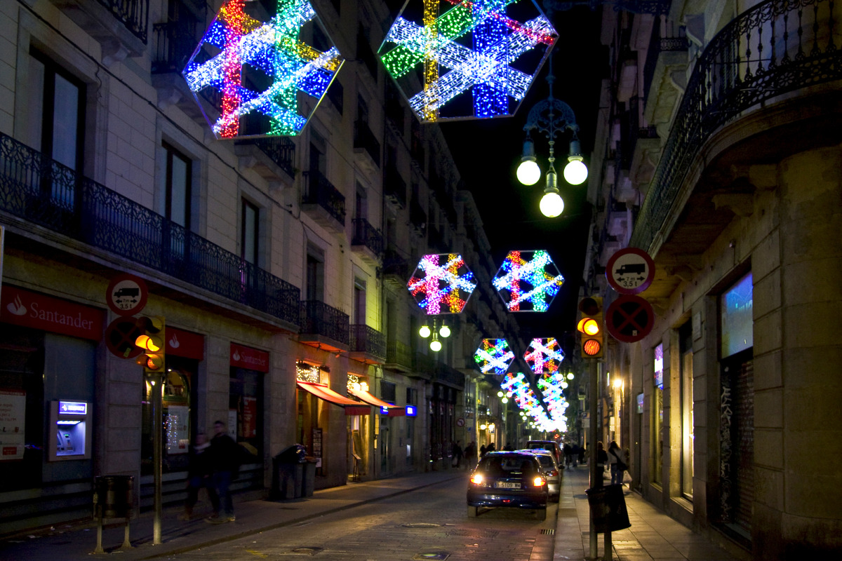 barcelona christmas lights2_s.jpg