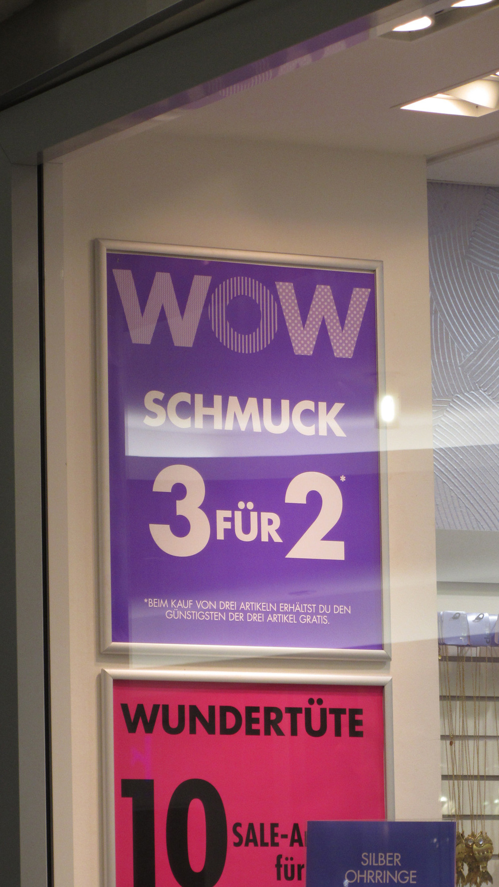 I thought schmuck was funny and then I saw 'Wondertute' which is even better!