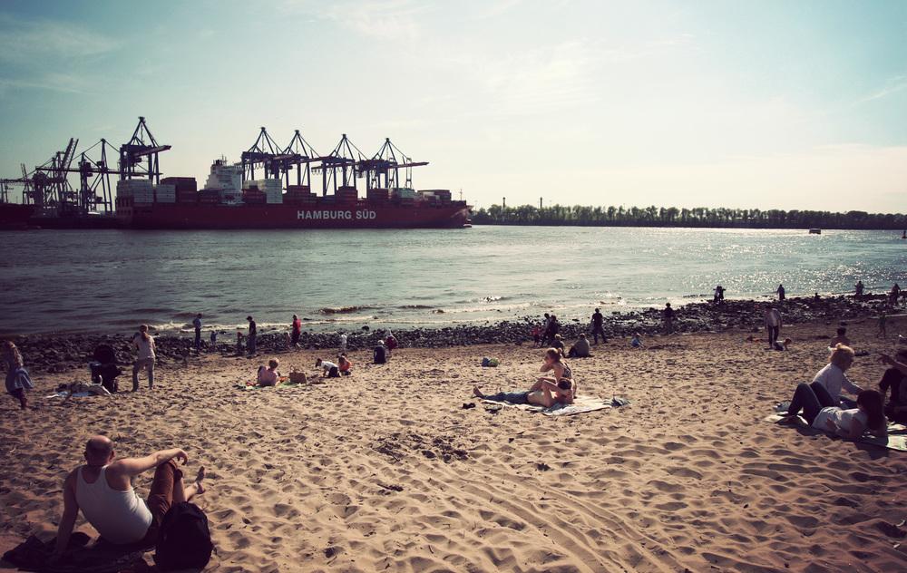 HAM_Altona Beach_01.jpg