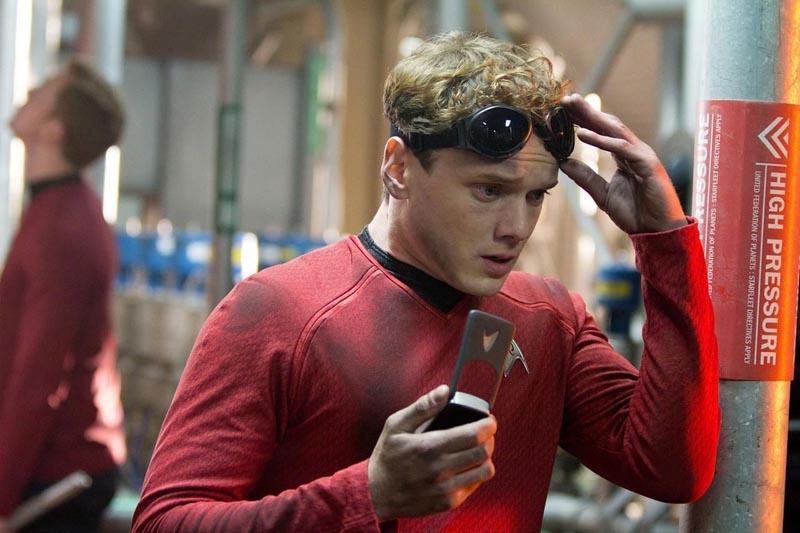 Anton-Yelchin-as-Chekov-Star-Trek-Into-Darkness.jpg