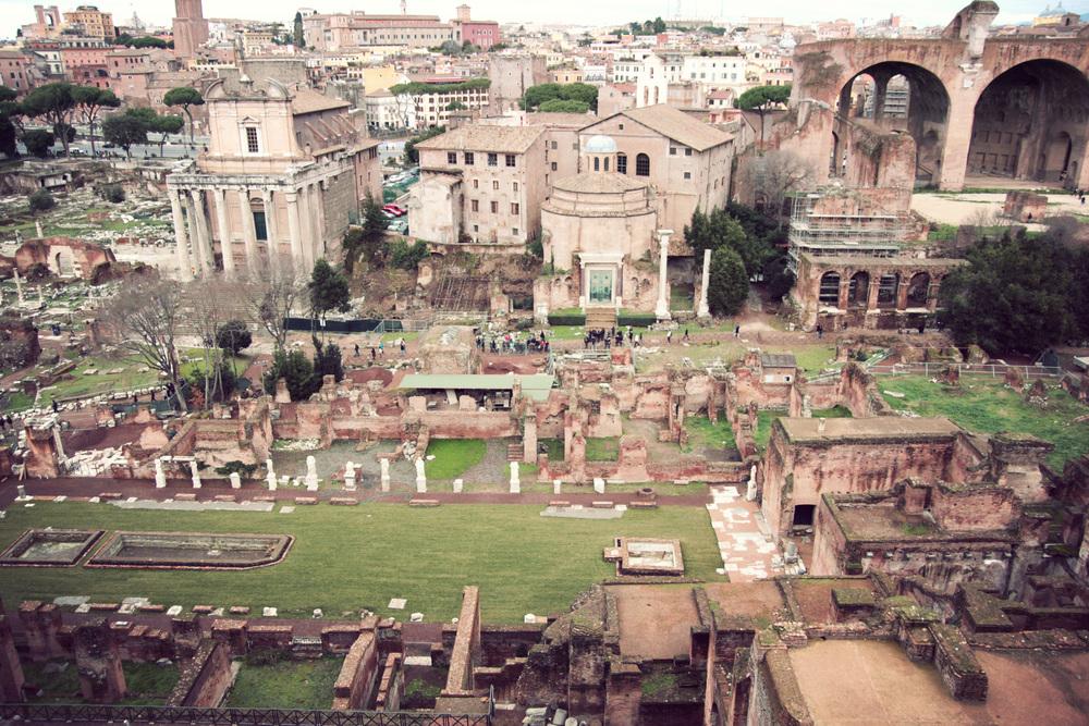 Roman-Forum_04.jpg